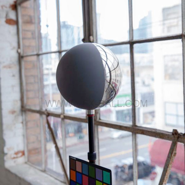 20cm Half chrome half grey ball